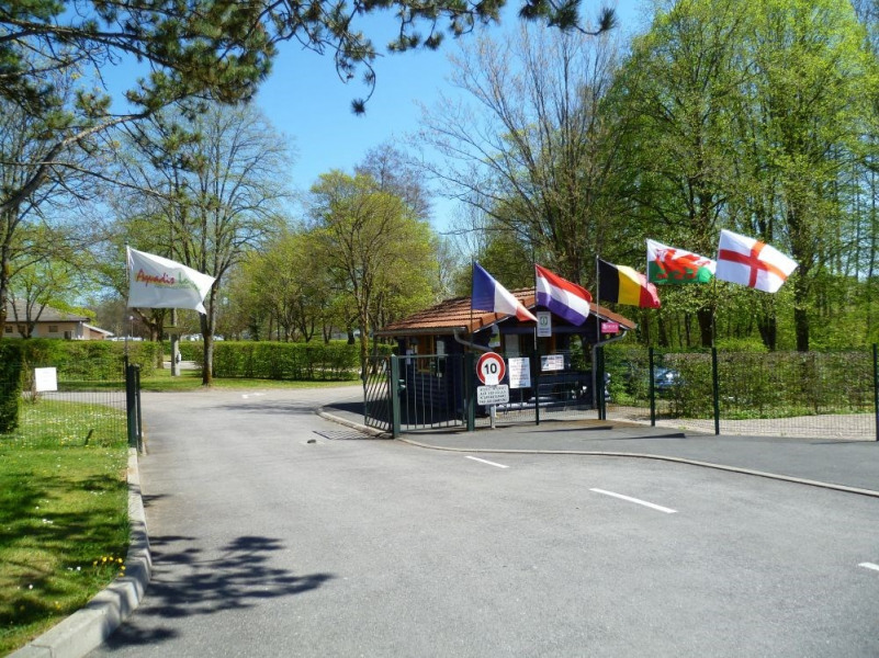 Camping de Vittel, 73 emplacements, 12 locatifs