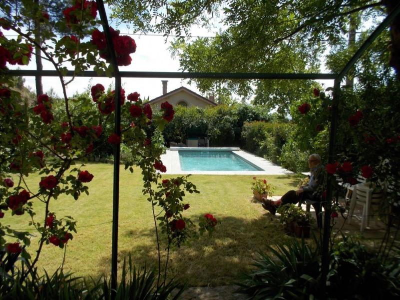 Maison de village spacieuse et agréable avec piscine et grand jardin