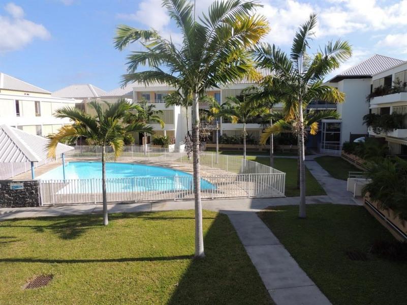 Bienvenue au Carré de St Gilles, piscine