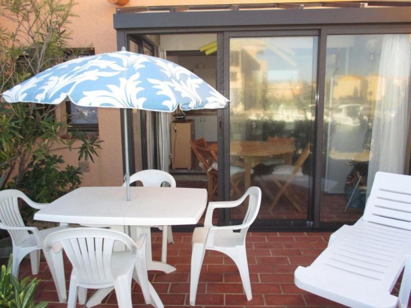Port-Leucate(11) - Quartier naturiste - Aphrodite village. Deux pièces - 24 m² environ - jusqu'à 4 personnes.