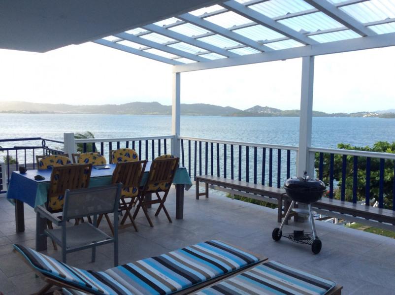 Bel appartement dans villa à 20 m de la mer