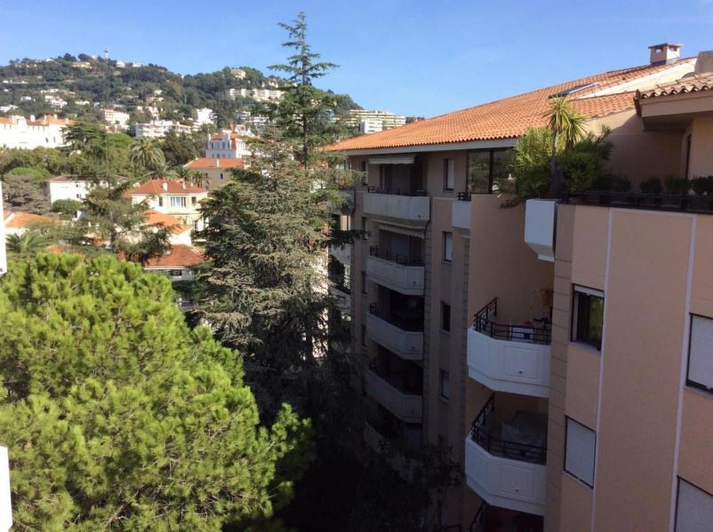 Location vacances Cannes -  Appartement - 4 personnes - Salon de jardin - Photo N° 1