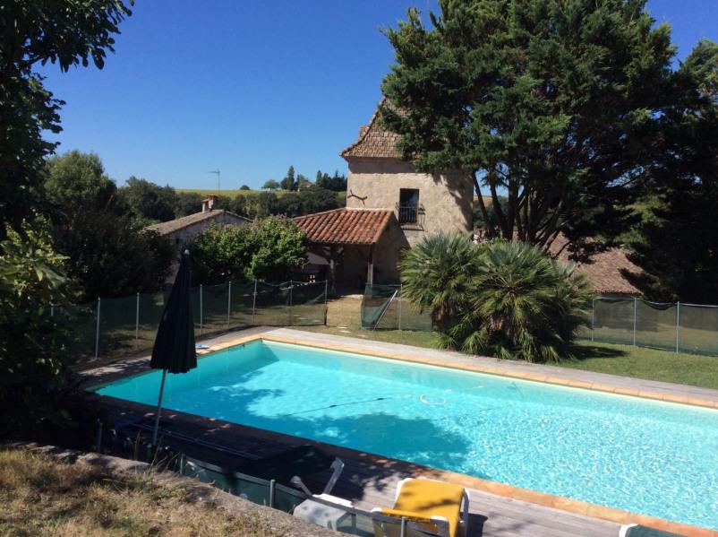 Joli pigeonnier magnifiquement restauré piscine privée