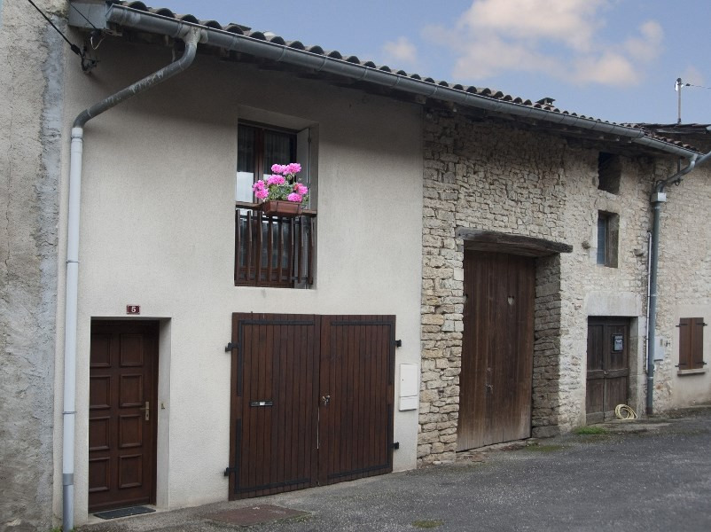 Holiday rentals Lons-le-Saunier - House - 3 persons - Television - Photo N° 1