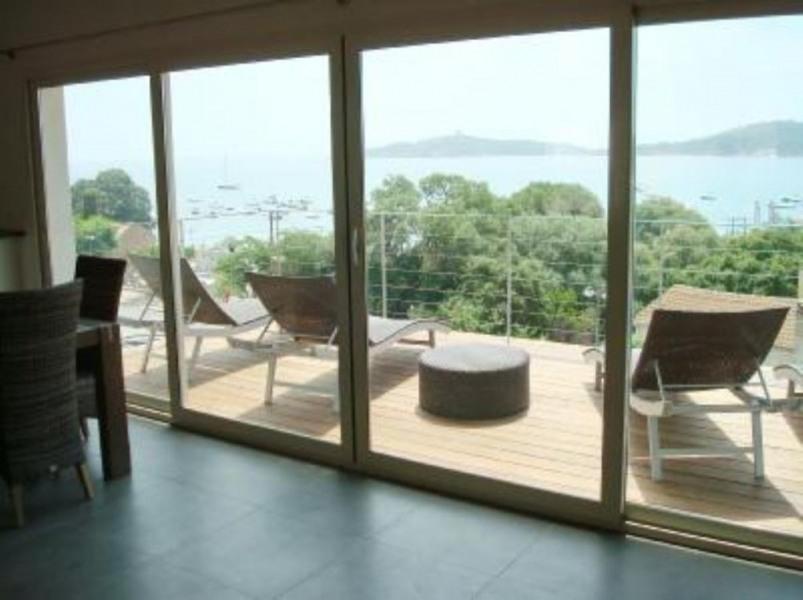 Villa standing vue mer avec spa( meublé 4 ****) a 50m de la plage de pinarello