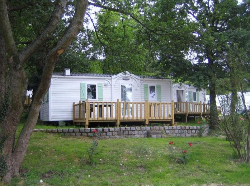 Camping LE PARC DE PARIS, 260 emplacements, 70 locatifs