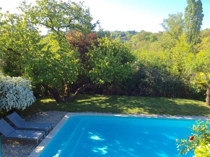 Location vacances Francheville -  Maison - 6 personnes - Barbecue - Photo N° 1