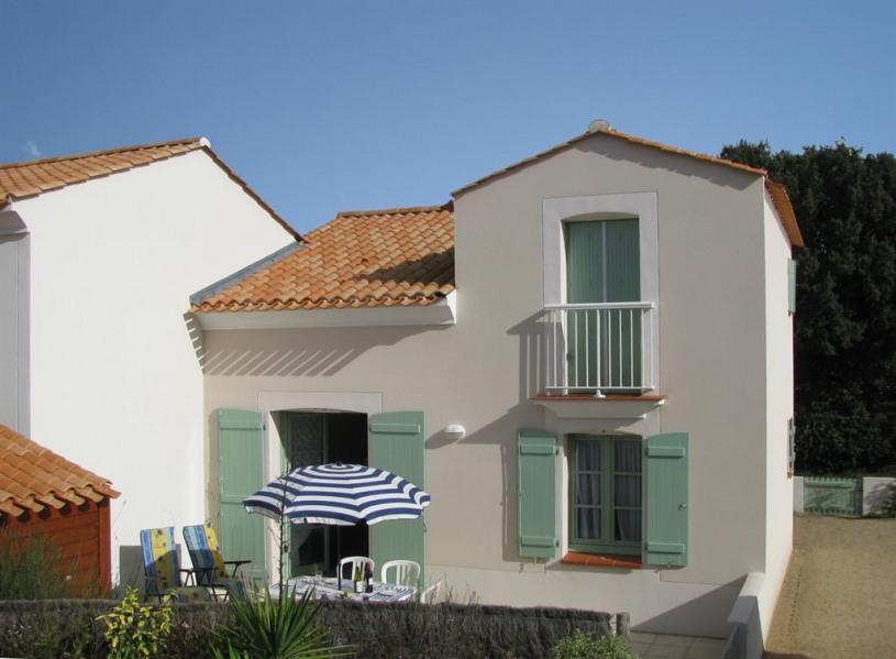 Maison et sa terrasse très bien exposée