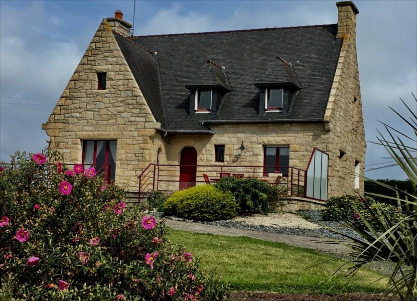 Grande Maison en pierre face Bréhat - Plage à 200 m - Lanmodez