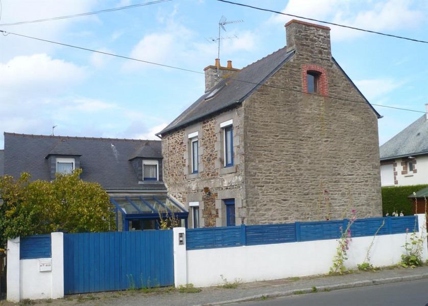 Holiday rentals Plérin - House - 7 persons - BBQ - Photo N° 1