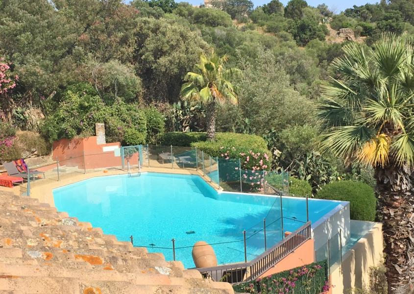 Location vacances Bormes-les-Mimosas -  Appartement - 6 personnes - Court de tennis - Photo N° 1
