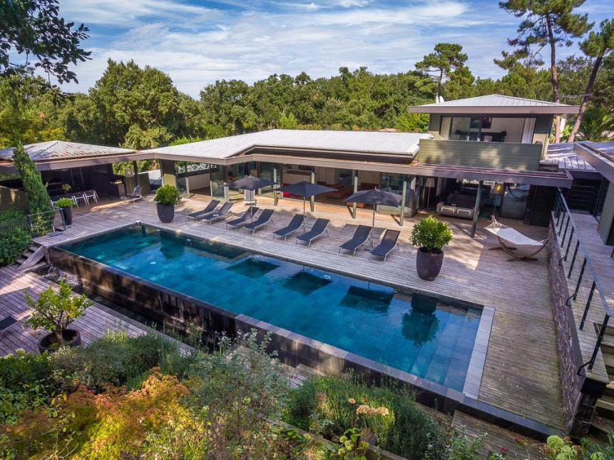 Villa de luxe à vendre à Seignosse  9 9 9 € à 9 9 9