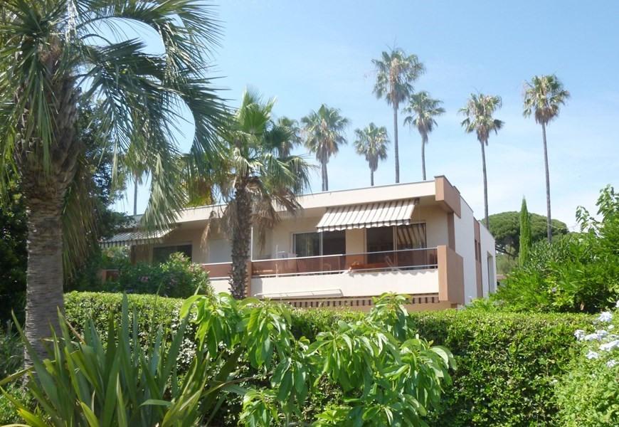 Location vacances Cavalaire-sur-Mer -  Appartement - 6 personnes - Four - Photo N° 1