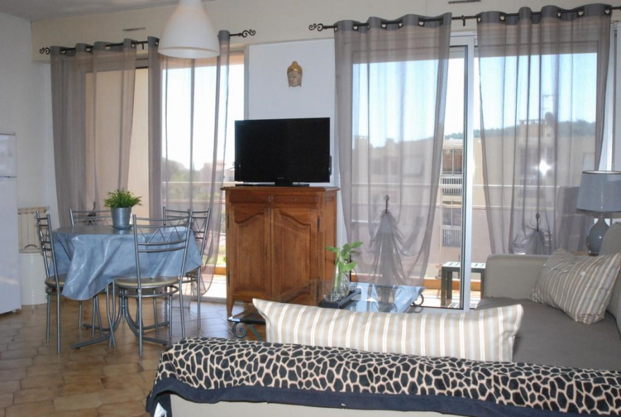 Holiday rentals Sanary-sur-Mer - Apartment - 4 persons - Deck chair - Photo N° 1