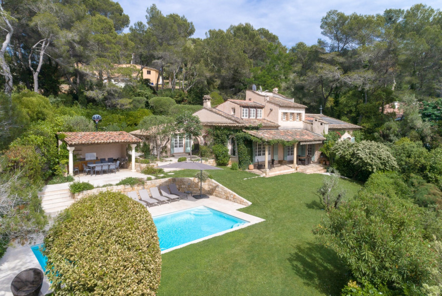 Location vacances Mougins -  Maison - 8 personnes - Barbecue - Photo N° 1