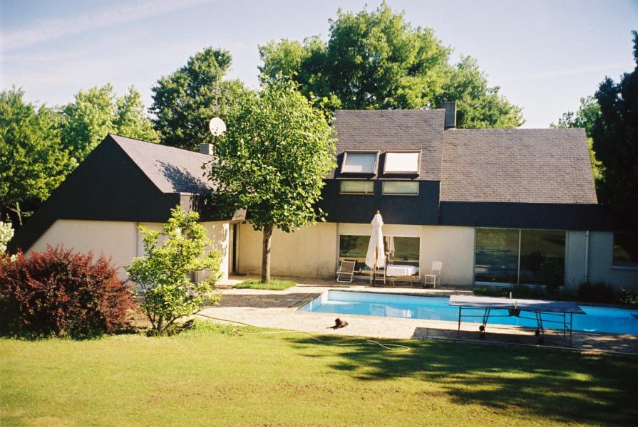 Maison avec tennis et piscine chauffée