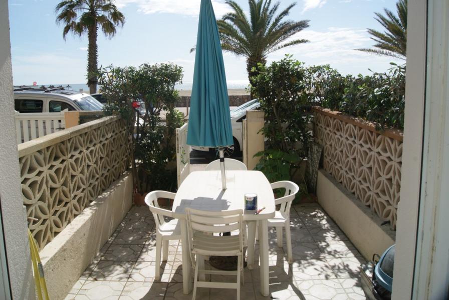 CANET PLAGE type 2 de 30m² +10m² de terrasse sur le front de mer pour 4 personnes