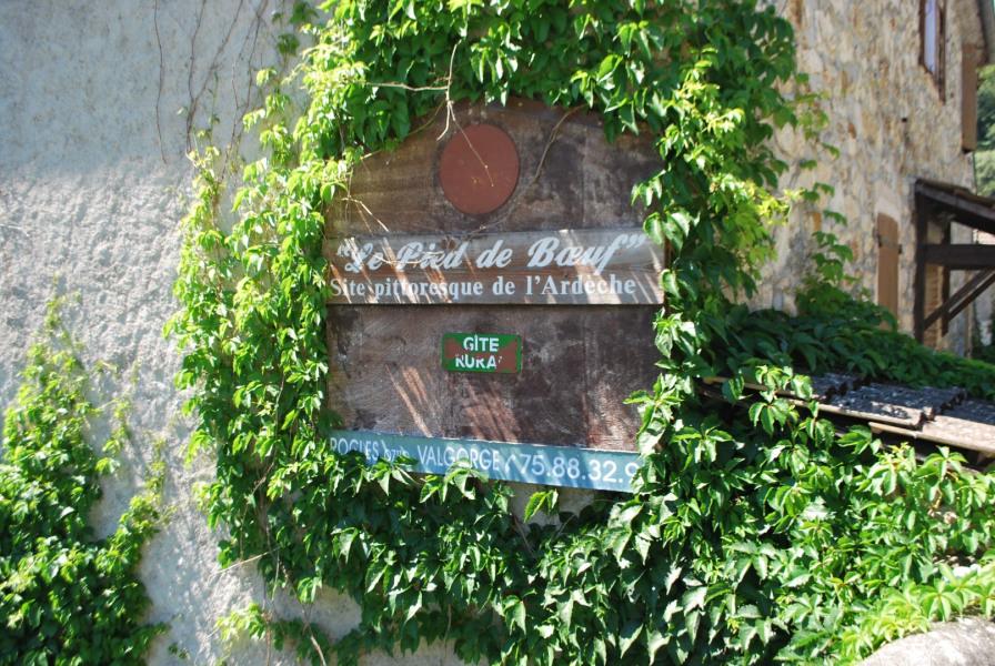 Location vacances Rocles -  Maison - 8 personnes - Barbecue - Photo N° 1
