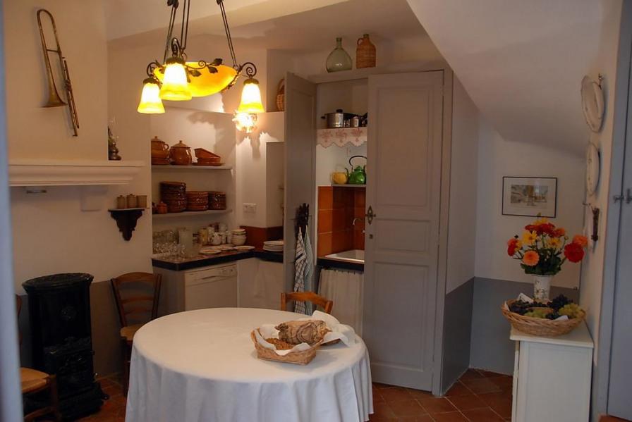 Location vacances Allemagne-en-Provence -  Maison - 4 personnes - Chaîne Hifi - Photo N° 1