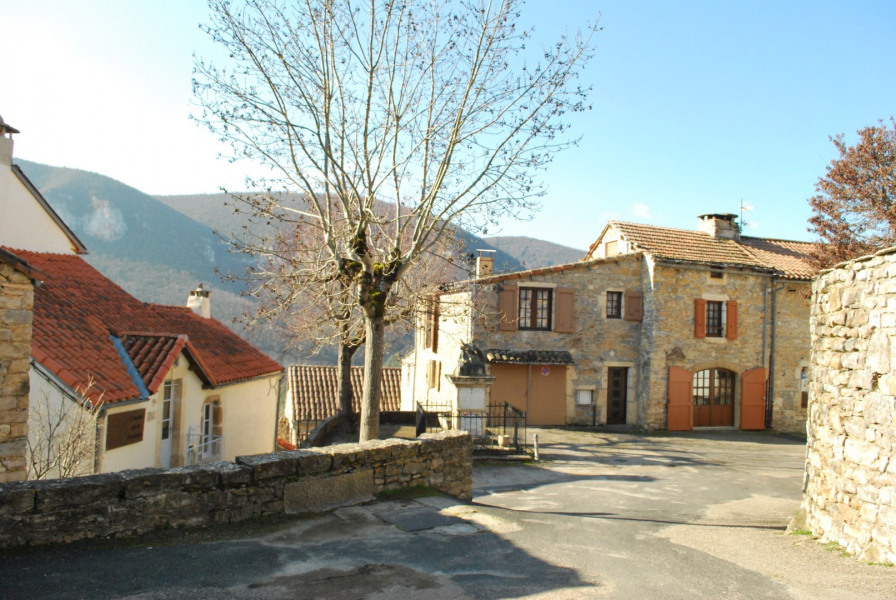 Hiring of one furnished in the gorges of the Tarn - Mostuéjouls