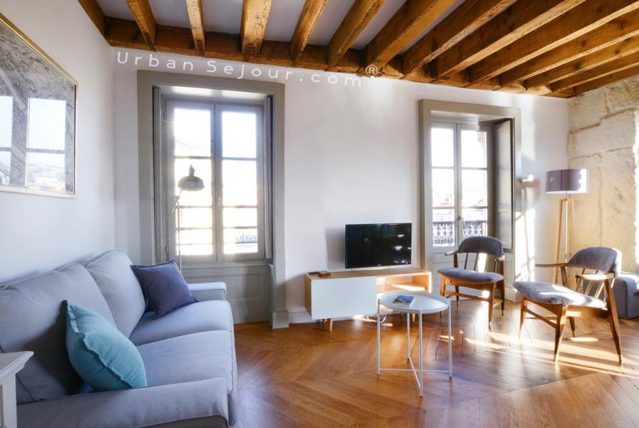 Magnifique T3 avec vue splendide  situé au cœur de Lyon :  5 min des transports  pour se déplacer dans toute la ville