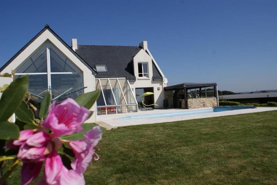 Location vacances Plougonvelin -  Maison - 8 personnes - Barbecue - Photo N° 1