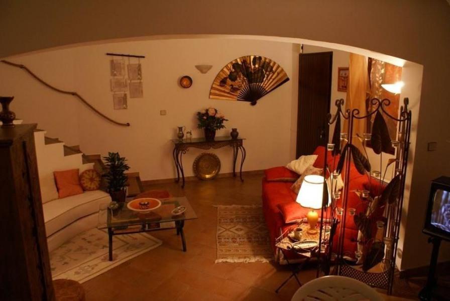 Location vacances Hyères -  Maison - 6 personnes -  - Photo N° 1