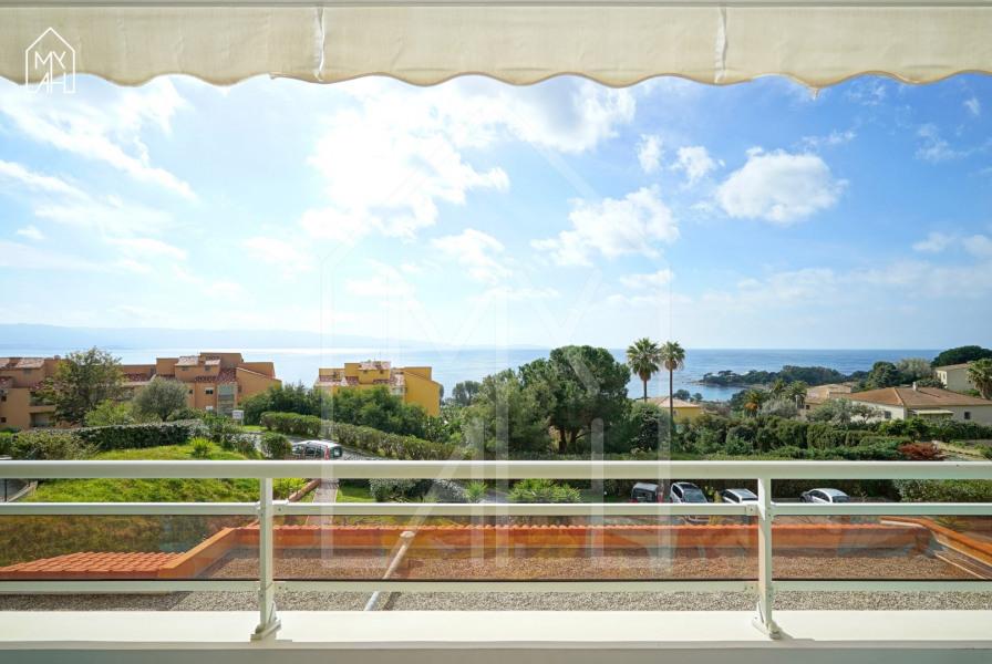 La balcon face à la mer