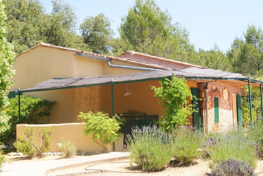 maisonnette provençale 4-6 pers avec piscine,  sur 5ha de terrain