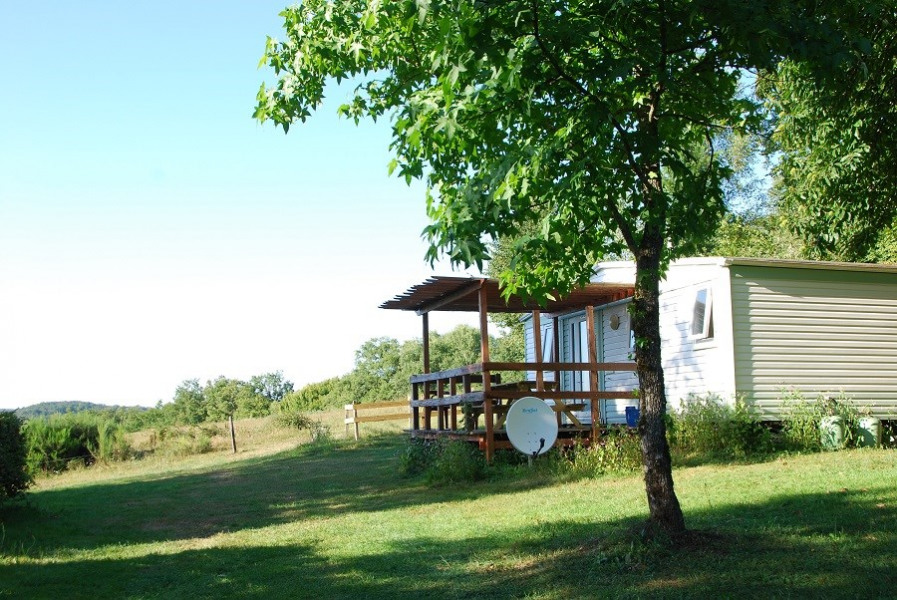Location vacances Saint-Geniez-ô-Merle -  Maison - 4 personnes - Barbecue - Photo N° 1