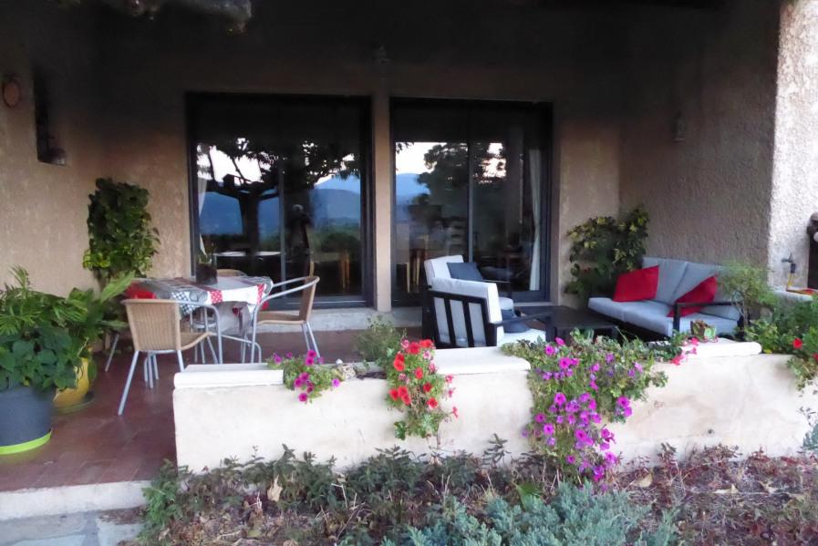 Location vacances Aiglun -  Gite - 8 personnes - Barbecue - Photo N° 1