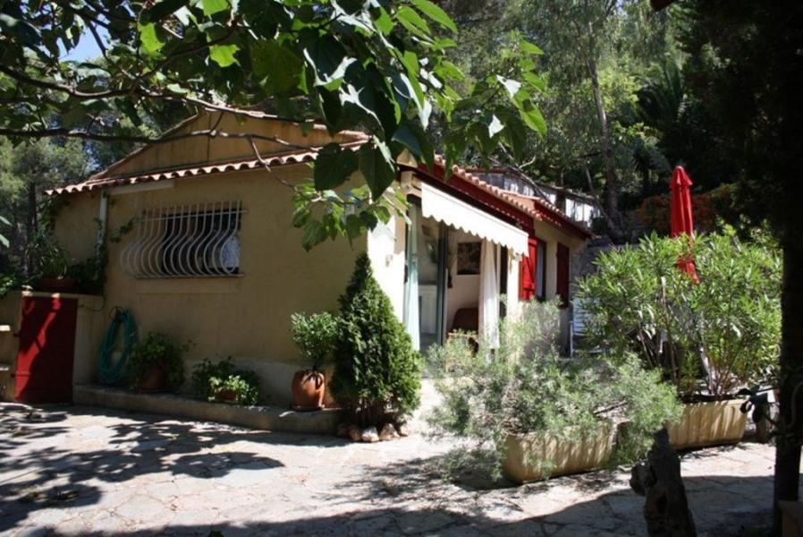 Location vacances Carqueiranne -  Maison - 4 personnes - Barbecue - Photo N° 1