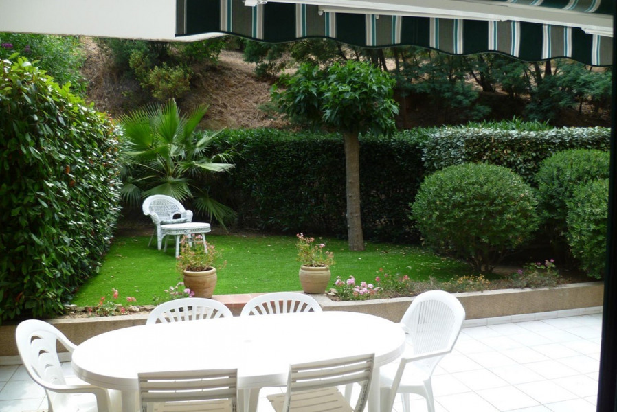 APPARTEMENT 3 PIECES 5 COUCHAGES A CAVALAIRE