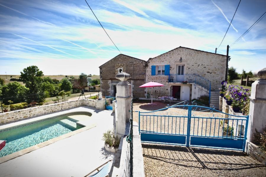 Location vacances Mortagne-sur-Gironde -  Appartement - 7 personnes - Barbecue - Photo N° 1