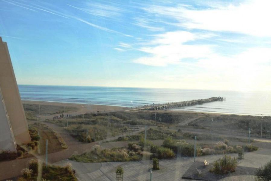 Appartement 3 pièces de 50 m² environ pour 6 personnes située en bordure de mer, avec un accès direct à la plage, san...