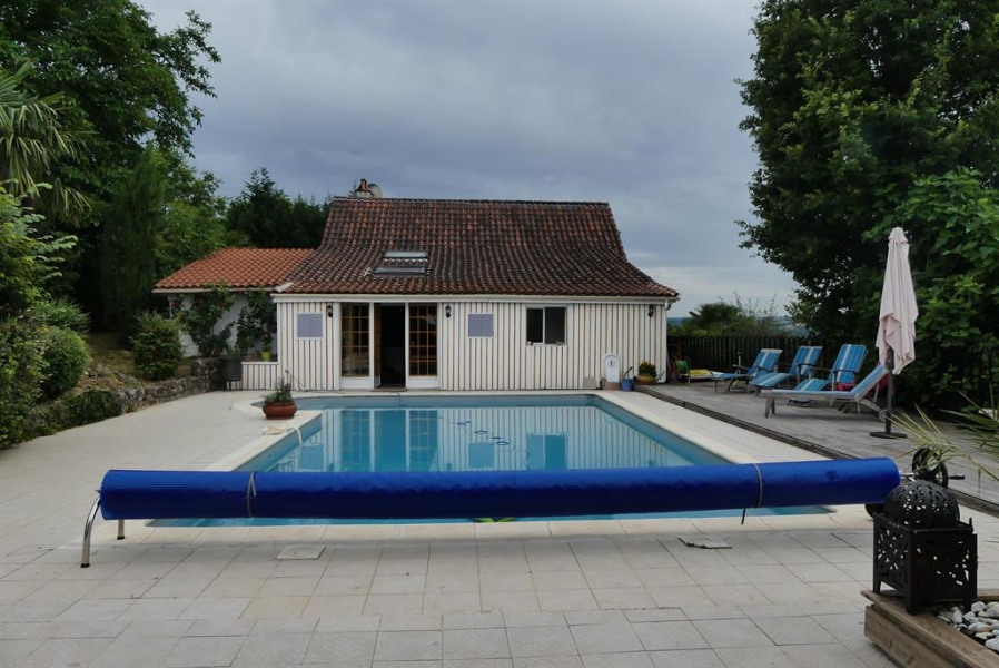Location vacances Faycelles -  Maison - 8 personnes - Barbecue - Photo N° 1