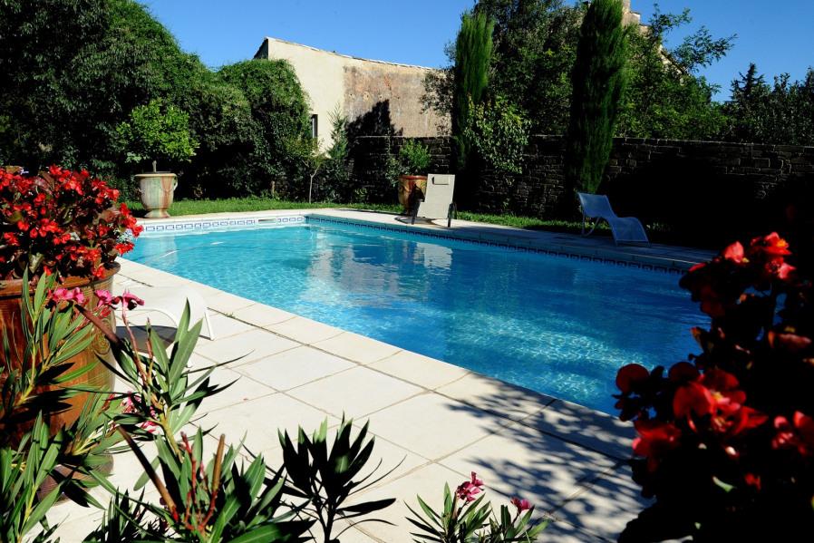 Location vacances Vers-Pont-du-Gard -  Maison - 8 personnes - Barbecue - Photo N° 1