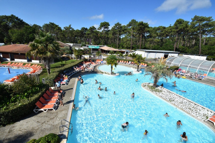Location vacances Lège-Cap-Ferret -  Camping - 10 personnes - Salon de jardin - Photo N° 1
