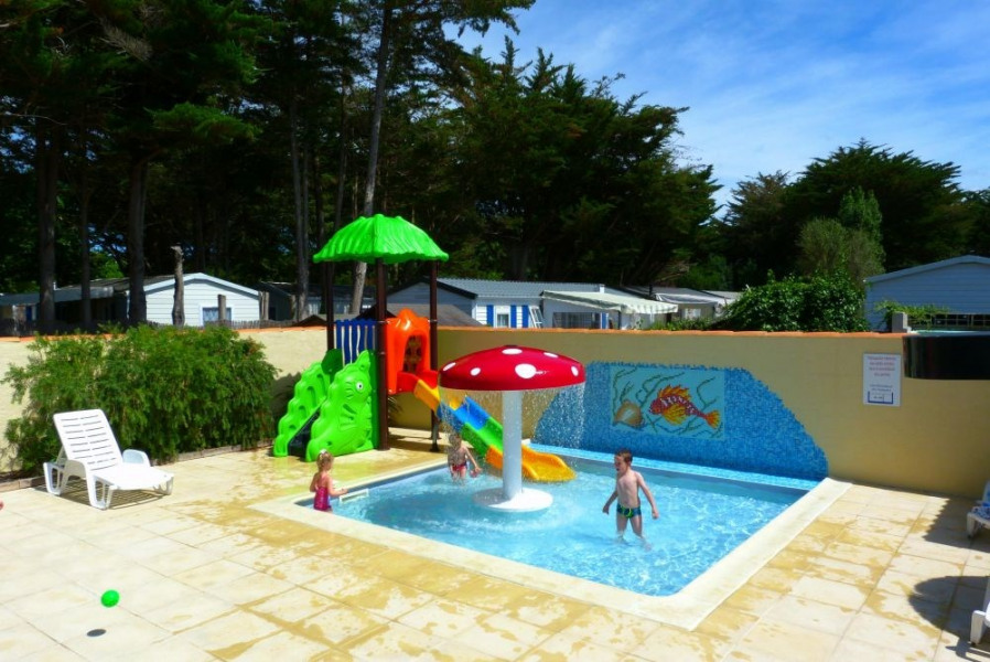 Camping La Maurie, 40 emplacements, 35 locatifs