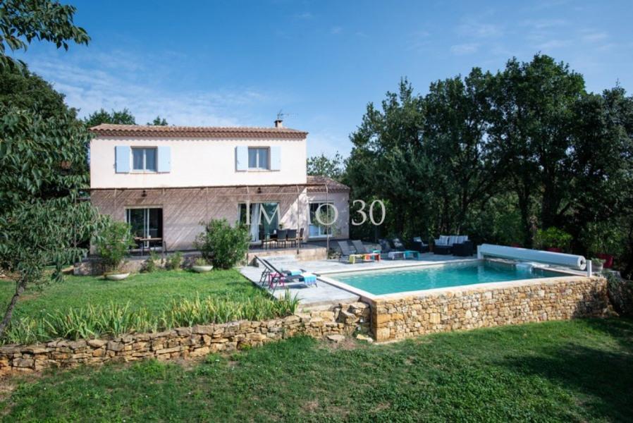 Villa, 150m², 5 pièces à Aigaliers.