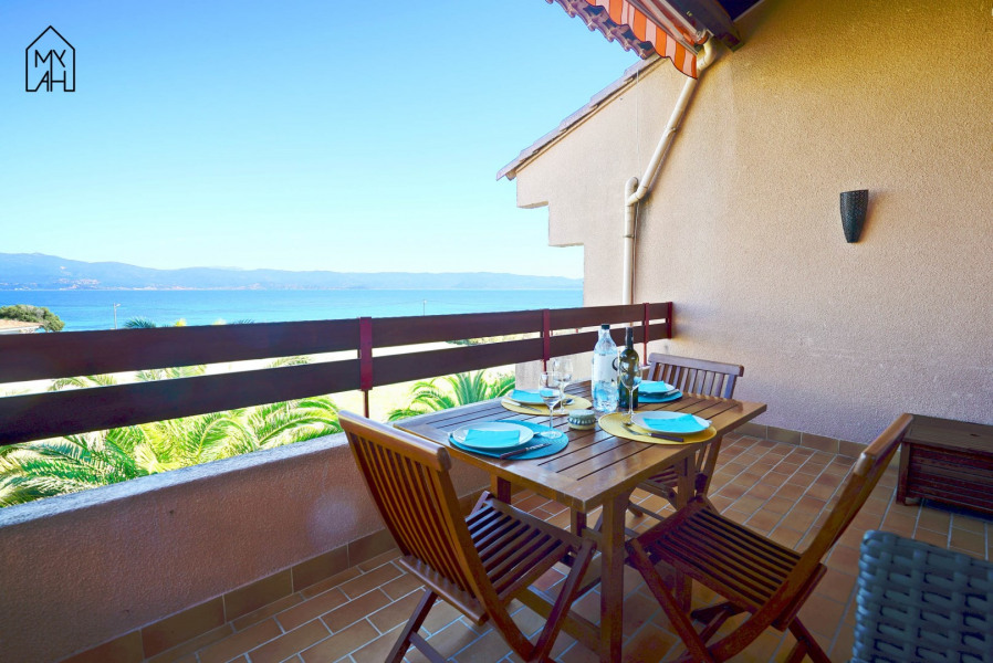Holiday rentals Ajaccio - Apartment - 5 persons - Garden furniture - Photo N° 1