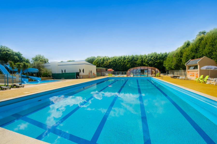 Location vacances Saint-Yvi -  Camping - 6 personnes - Court de tennis - Photo N° 1