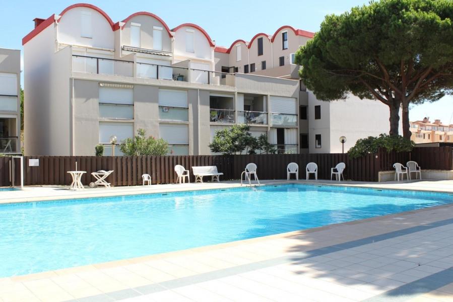 Location vacances Gruissan -  Appartement - 4 personnes - Lave-linge - Photo N° 1