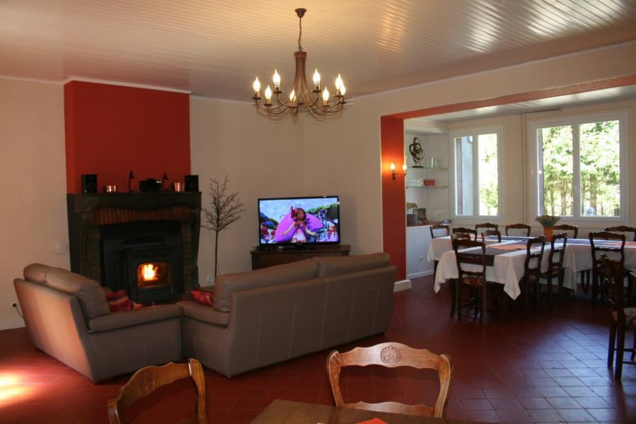 Location vacances Nébouzat -  Gite - 12 personnes - Barbecue - Photo N° 1