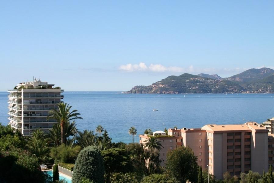 Location vacances Cannes -  Appartement - 4 personnes - Court de tennis - Photo N° 1