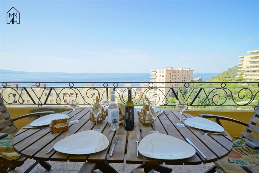 Holiday rentals Ajaccio - Apartment - 6 persons - Garden furniture - Photo N° 1