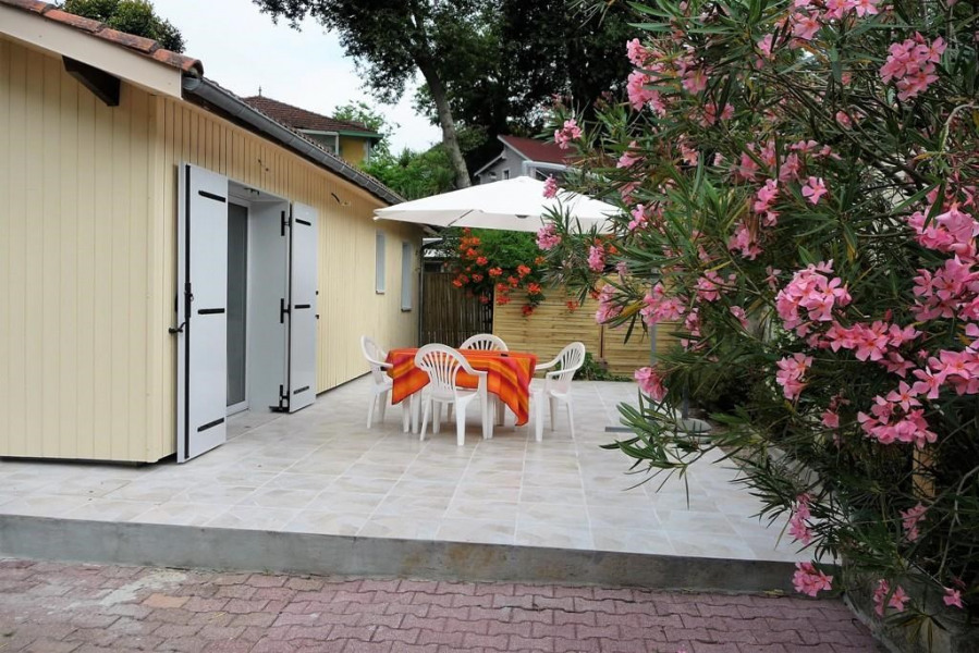 Maison De Vacances A Arcachon En Aquitaine Pour 6 Pers 90m