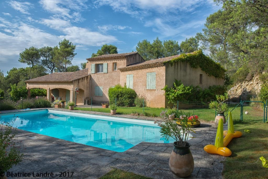 Location vacances Saint-Rémy-de-Provence -  Appartement - 3 personnes - Jardin - Photo N° 1