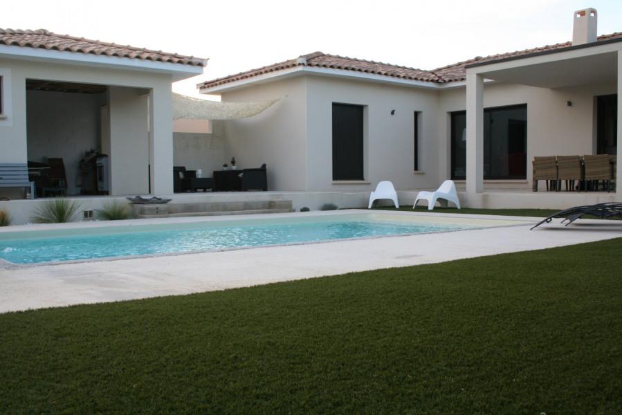 Villa individuelle  à 5 Km d'Uzès, avec piscine et sans vis à vis