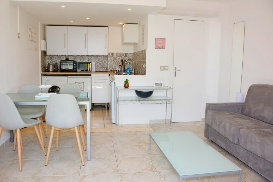 Holiday rentals Villeneuve-Loubet - Apartment - 2 persons - Oven - Photo N° 1